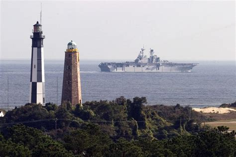light houses file fort story lighthouses jpg wikimedia commons