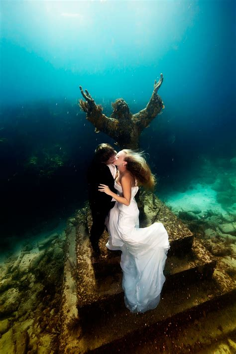 Vanya Flow D underwater photoshoot of mermaid brides simply wow