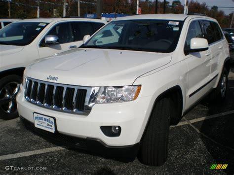White Jeep Grand 2012 2012 White Jeep Grand Laredo 4x4 56013311