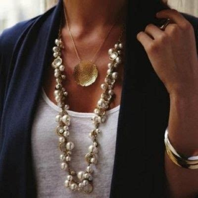 Oasis Has Pear Pendants Like Marc By Marc by 1000 Ideas About Chunky Pearl Necklaces On