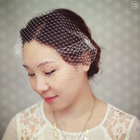 wedding hair with small veil wedding birdcage veil bridal hair accessories wedding