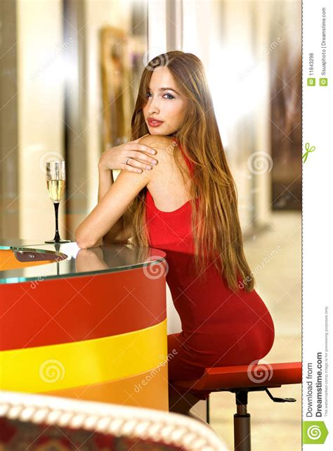 single in single in a bar royalty free stock photos image