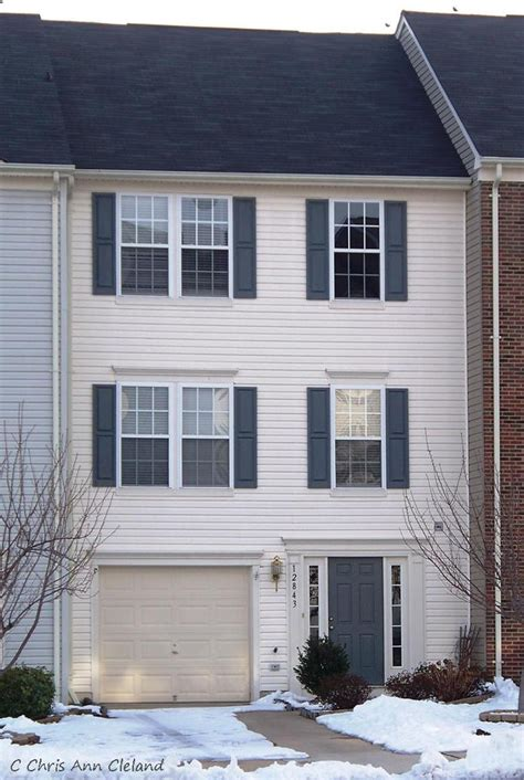 Townhouse Garage by Townhouses For Sale In Braemar Bristow Va Selling Braemar