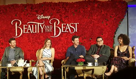 and the beast 2017 cast meeting the cast of beauty and the beast horsing around