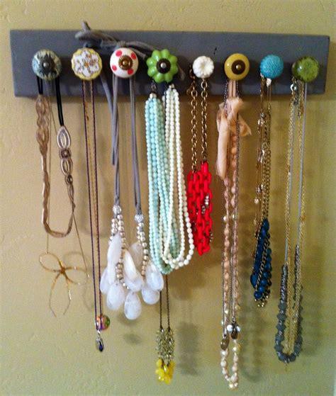 diy knob necklace holder really crafty