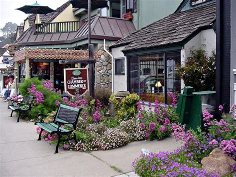 cambria shops and gifts picture of moonstone cottages