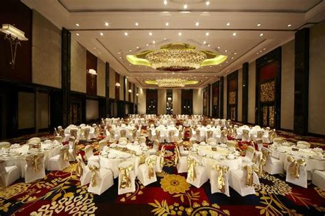 Luxury Wedding Bandung by Trans Grand Ballroom Picture Of The Trans Luxury Hotel