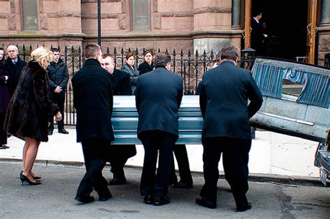 funeral limo hire limo hire reading funeral limo hire
