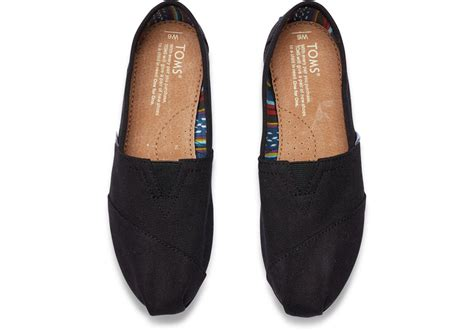 Mf Navy Kanvas Wm Clsc Alprg Toms black on black s canvas classics toms 174