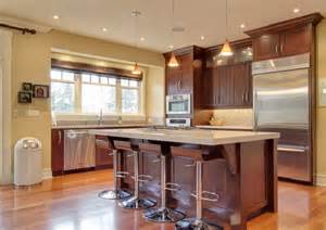 kitchen color ideas with cherry cabinets 25 best ideas about kitchen paint colors with cherry on pinterest staining wood cabinets