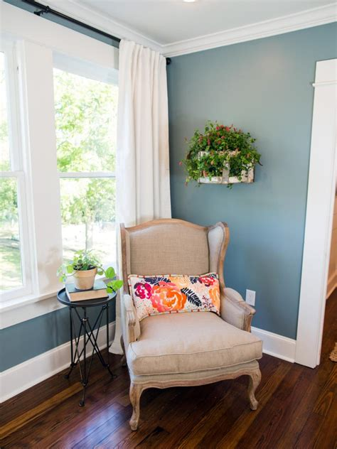 paint colors for living room joanna gaines fixer sized house small town charm joanna