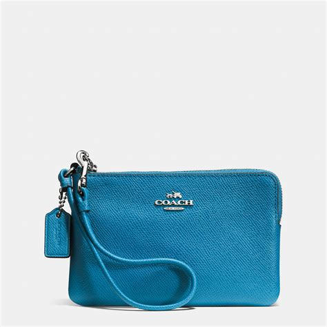 Jual Wristlet Coach Embossed Signature Corner Zip Small Black Original coach embossed small corner zip wristlet in leather in blue lyst