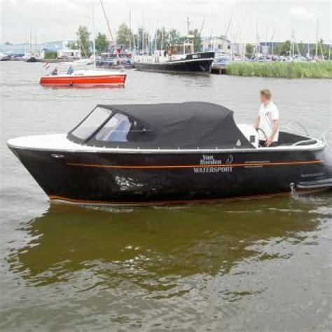 roeiboot huren roermond boot huren maasplassen botentehuur nl