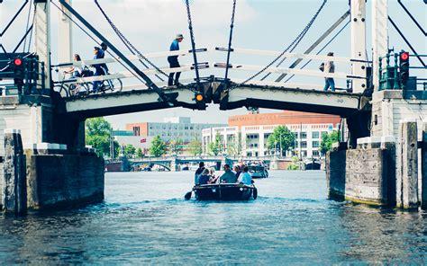 bootje huren leiden sloep huren amsterdam huur een boot om zelf te varen