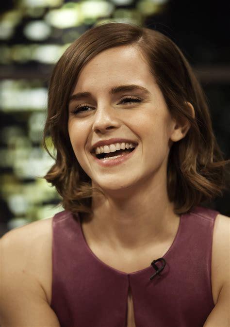 shes happy hair thumb1 jpg w 420 teeth emmawatson