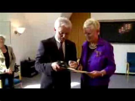 hildesheimer tafel verleihung bundesverdienstkreuz f 252 r die vorsitzende des