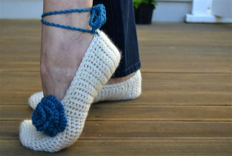 free crochet slipper patterns for adults free crochet patterns for slippers beginners crochet and
