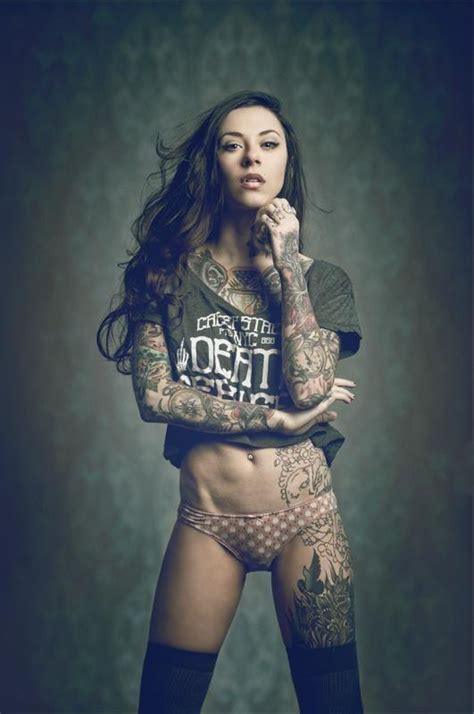 Hot Tattoo Ink | tattooed women girls with ink mr pilgrim street artist