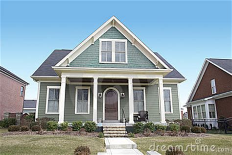 cape cod style house colors green cape cod style house paint color for the home