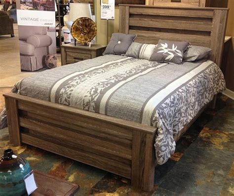 Zelen Bedroom Set by Zelen Poster Bed The True Rustic Of Vintage Casual