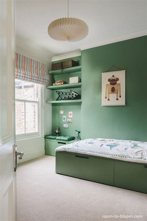 kids green bedroom 25 best ideas about green boys bedrooms on pinterest