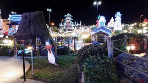 roseville christmas lights lights around pagoda picture of golfland sunsplash roseville tripadvisor