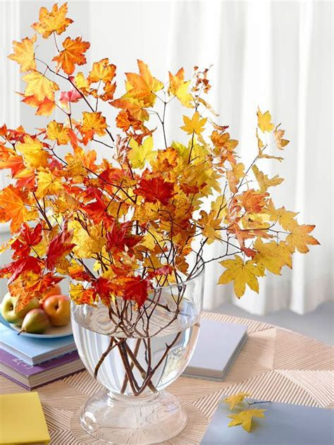 Fall And Thanksgiving Decorations - 18 leaf centerpieces for fall and thanksgiving d 233 cor digsdigs