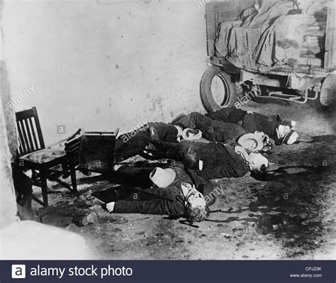 valentines day massacure corpses of the s day in chicago 1929