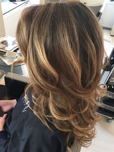 meches highlights bronde vogue coiffure waedenswil