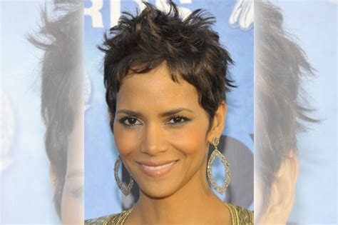 back view of halle berry hair halle berry haircut back view short hairstyle 2013