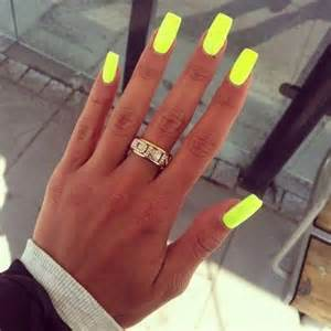 neon color nails tips for using neon nail 15 ideas