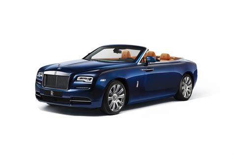 rolls royce dawn blue zien en gezien worden in rolls royce dawn autonieuws