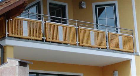 balkongeländer edelstahl holz balkongel 228 nder edelstahl holz allg 228 u