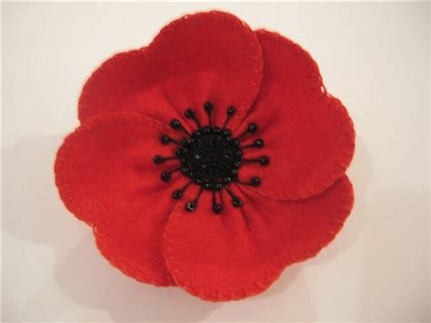 pattern for felt poppy 10 poppy crafts for remembrance day