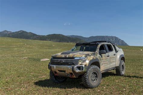 chevrolet army truck chevrolet colorado zh2 ride in hydrogen fuel cell
