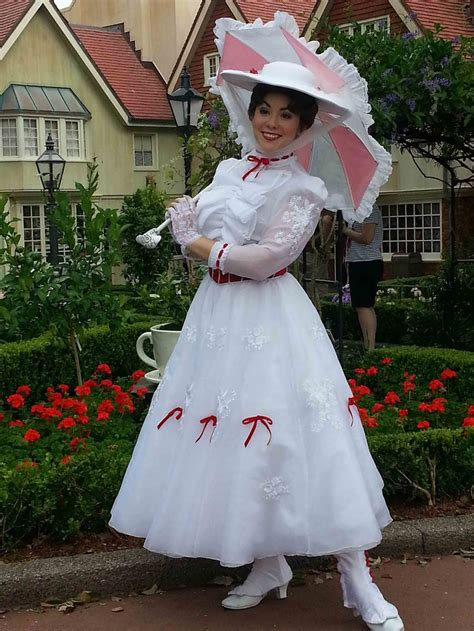 mary poppins in epcot everything 1000 images about mary poppins on pinterest mary