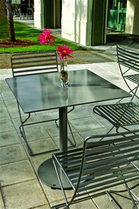 Landscape Forms Parc Centre Parc Centre Table Artform Furniture Esi Interior