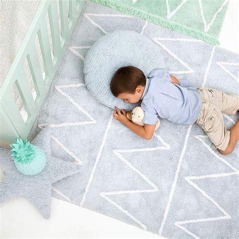 runder kinderzimmerteppich 17 best ideas about teppich kinderzimmer on