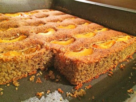paleo kuchen rezept paleo marillenkuchen mit mohn rezept gutekueche at