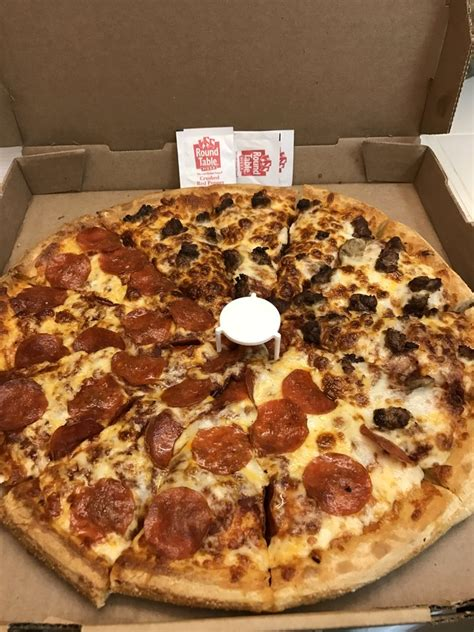 Table Pizza Phone Number by Table Pizza 32 Photos 43 Reviews Pizza 1139