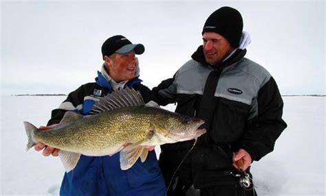 ice fishing tips  walleye  tips  strategy