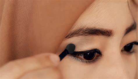 Eyeshadow Dibawah Mata tutorial make up
