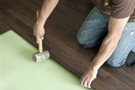 Can a Foam Pad Be Use Under Solid Hardwood Flooring?
