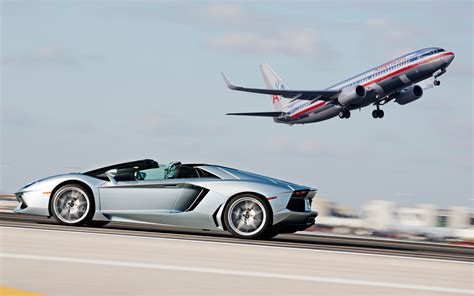 first lamborghini aventador 2013 lamborghini aventador roadster in motion photo 23