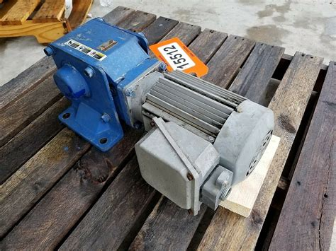 hp sumitomo hyponic  angle gear motor output