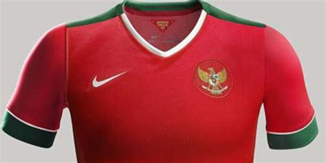 Jersey Sepeda Timnas Indonesia nike luncurkan jersey baru untuk timnas indonesia bola net