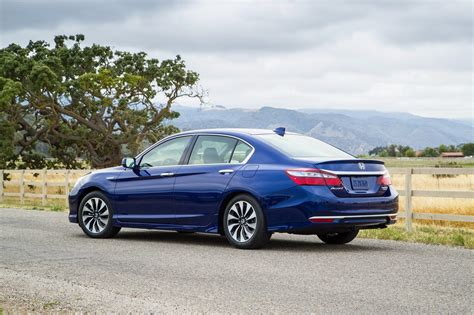 cars honda accord 2017 honda accord hybrid picture 679634 car review