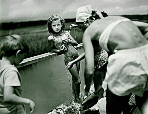 nudge women to have children sally mann photography walking in her shoes
