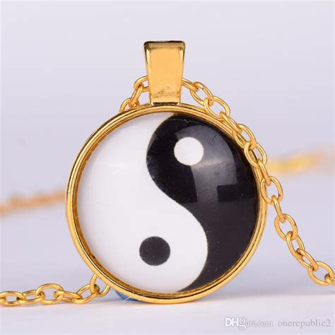 Taoism Sign Ancient Eight Diagrams Pendant Necklace Charms Yin yin yang necklace chi shape black and white glass dome photo pendent taoism sign