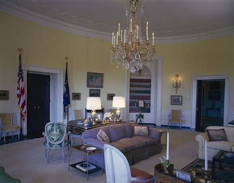 the kennedy room white house rooms room president s bedroom sitting east sitting lincoln